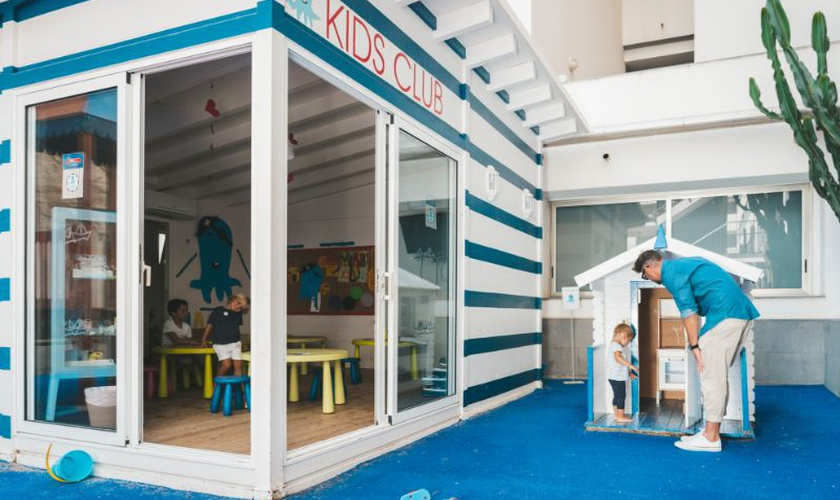 Octobus kids club marina suites canarias